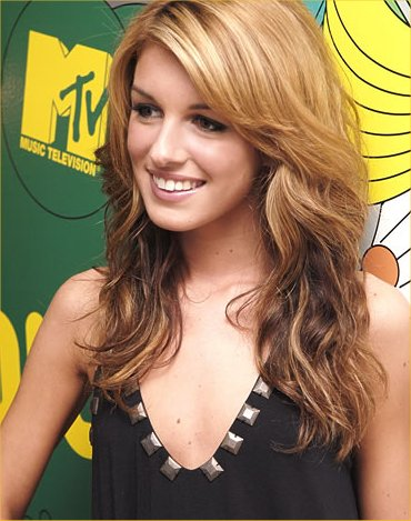 File:Shenae-Grimes-Biography-1.jpg