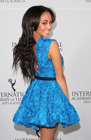 File:Vanessa+Morgan+Inaugural+International+Emmy+0iQjSsCDTlml.jpg