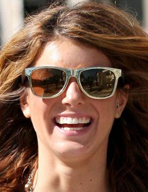File:Shenae grimes sunglasses.jpg