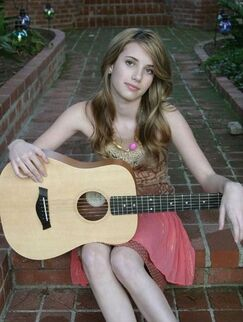 Emma-Roberts-Pictures-85-1-
