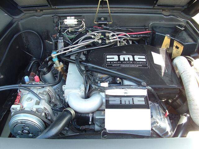 File:Delorean Engine Bay-2749.jpg