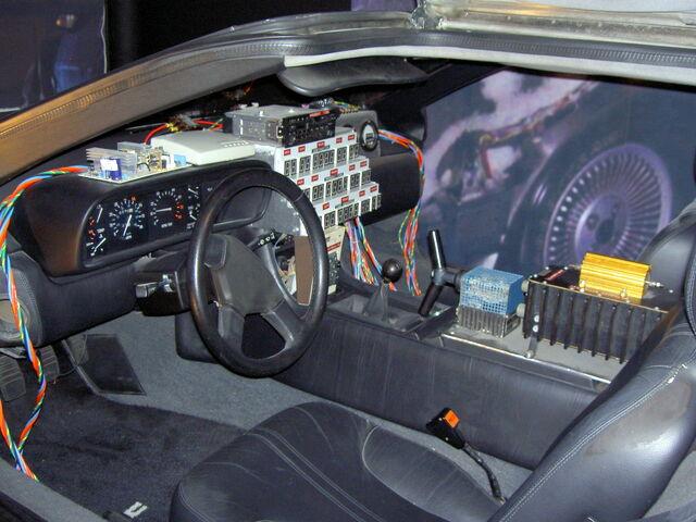 File:Back to the Future DeLorean Time Machine-4716.jpg