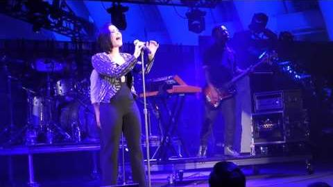 DEMI LOVATO - STONE COLD (LIVE @ WE CAN SURVIVE HOLLYWOOD BOWL 2015 10 24 15)