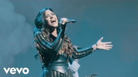 Demi Lovato - Heart Attack (Live On Honda Civic Tour Future Now)
