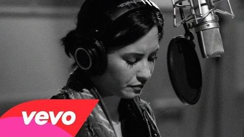 Demi Lovato - Stone Cold (Live In Studio)
