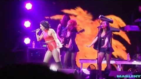 Demi Lovato - Cool For The Summer (Jingle Ball Dallas)