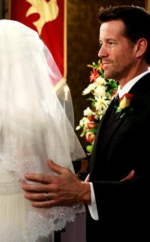 File:Desperate Housewives Mike's bride.jpg