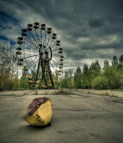 File:Chernobyl Ferris Wheel.jpg
