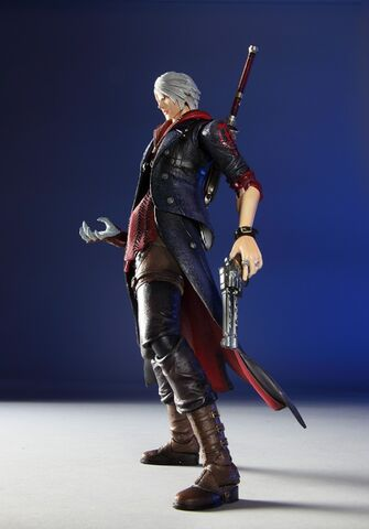 File:Play Arts Kai DMC4 Nero action figure.jpg
