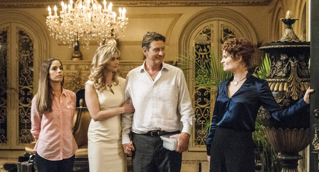 File:Devious Maids 1x06.png