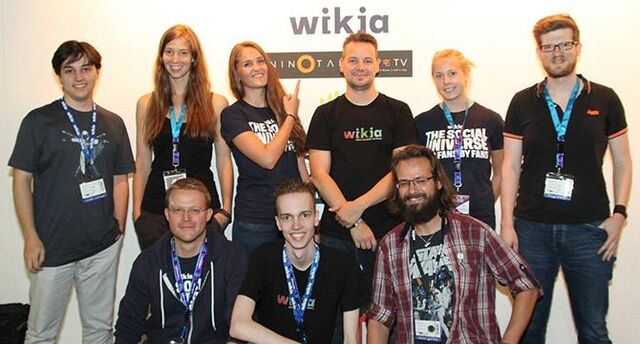 Datei:670px-Slider Wikia-Team.jpg