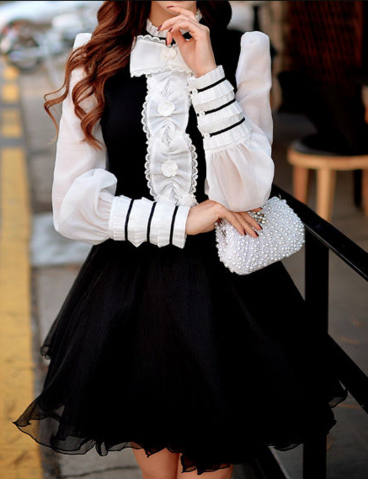 File:Kazuki planned vandead carnival lolita blouse outfit.png