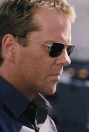 24 season 2 - 01 Kiefer Sutherland 5