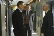 DHS- Robert Patrick & Harrison Ford in Firewall