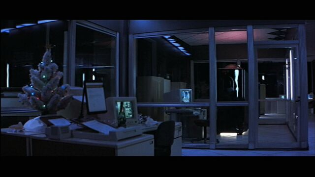 File:Computer room.JPG