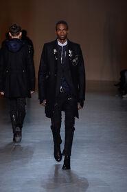 FW15-Milan-Mens-Black-Gold-catwalk-16