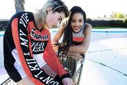 SS15-sport-rocky-female-sweater-t-gregor