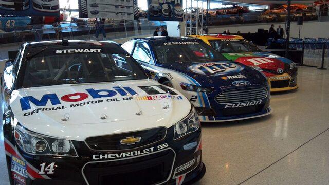 File:Gen-6-NASCAR.jpg