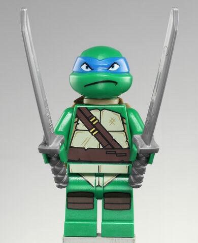 File:Leonardo.jpg