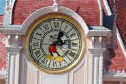 Mickey-mouse-tower-clock