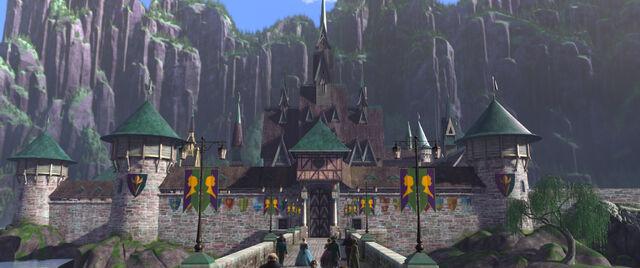 File:Arendelle castle.jpg