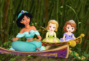 File:130613mag-Princess1 300x206.jpg