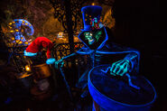 Hatbox Ghost Haunted Mansion Holiday