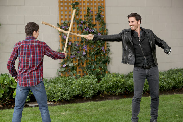 File:Once Upon a Time - 6x03 - The Other Shoe - Photography - Henry and Hook Swordfight.jpg