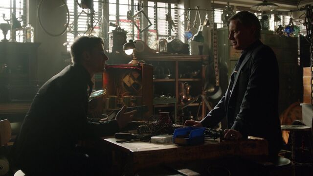 File:Once Upon a Time - 6x21 - The Final Battle Part 1 - Gideon and Gold.jpg