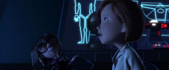 File:Incredibles-disneyscreencaps.com-6715.jpg
