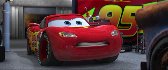 Tập tin:Cars2-disneyscreencaps.com-4883.jpg