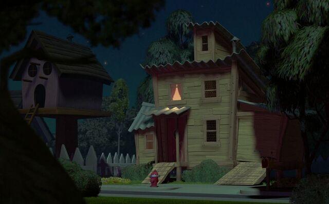 File:Cluck's residence.JPG