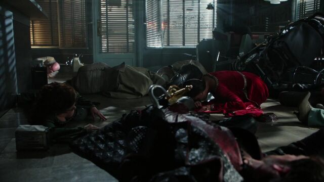 File:Once Upon a Time - 5x01 - The Dark Swan - Return.jpg