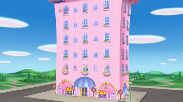 File:Pink building from minnie's bow toons.jpg