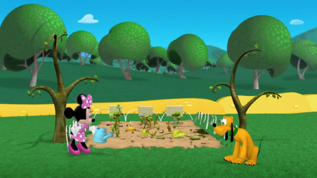 File:Minnie and pluto ruined vegetable garden.jpg