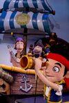 Disney-Junior-Live-Pirate-Jake&Sharky&Bones