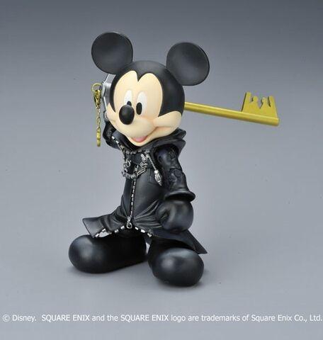 File:Mickey kh cloak.jpg