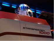 R2D2 in Star Tours