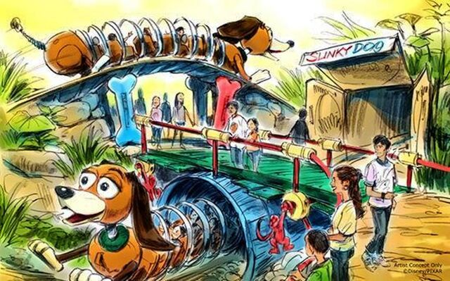 File:Slinky Dog Dash DHS.jpg