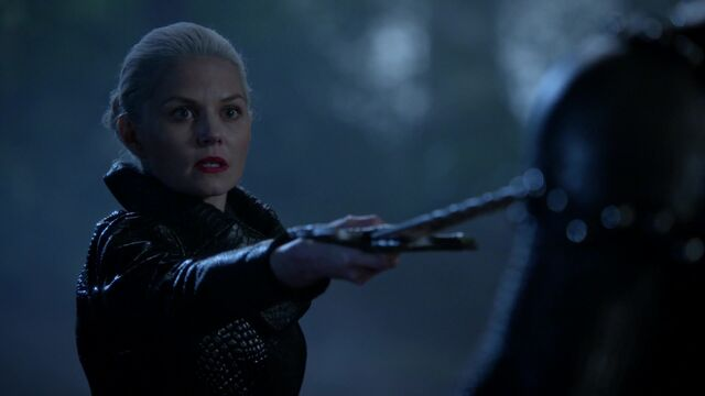 File:Once Upon a Time - 5x08 - Birth - Dark Swan.jpg