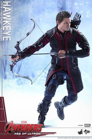 File:Hawkeye AOU Hot Toys 03.jpg