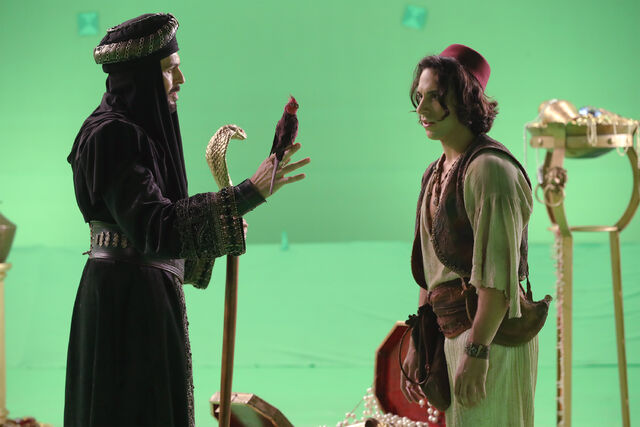 File:Once Upon a Time - 6x05 - Street Rats - Production Images - Jafar and Aladdin.jpg