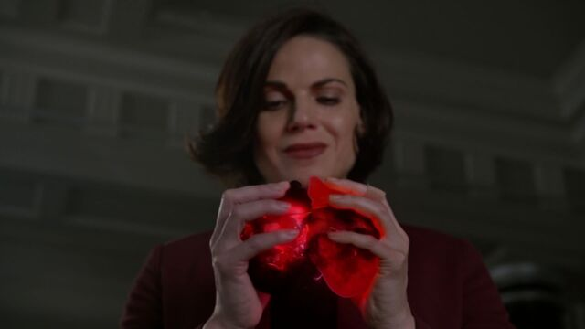 File:Once Upon a Time - 6x14 - Page 23 - Hearts.jpg