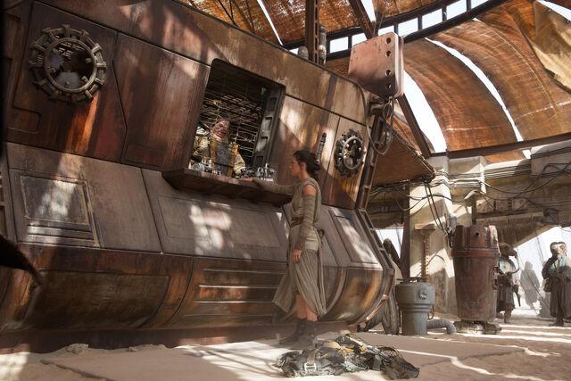 File:Niima-Outpost.jpeg