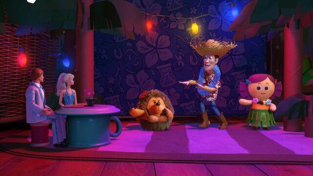 File:Toy Story Toon Hawaiian Vacation still 4.jpg