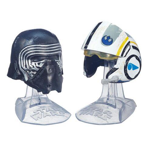 File:Kylo Ren And Poe Dameron Helmets Black Series.jpg