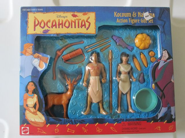File:Kocoum & Nakoma Action Figures.jpg