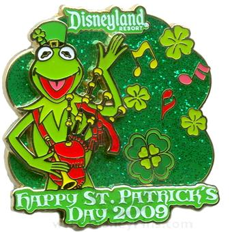 File:Disneypin-kermitstpats.jpg
