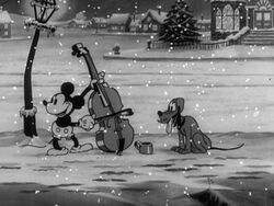 Mickey and Pluto in Mickey's Good Deed
