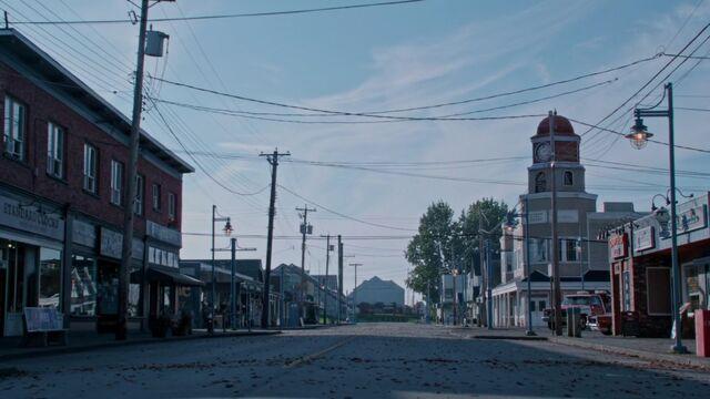 File:Once Upon a Time - 5x05 - Dreamcatcher - Storybrooke.jpg